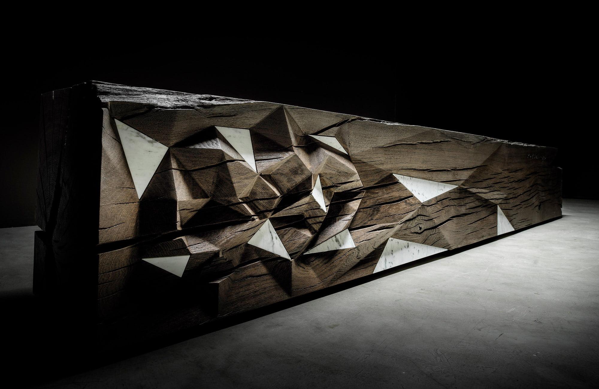teúkhō fossil wood furniture